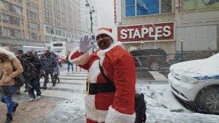 Первый снег в Нью-Йорке / Санта-Кон