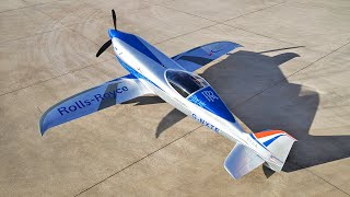 video: Key moment in aviation as Rolls-Royce develops its electric plane