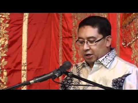 Fadli Zon Library : Pameran Tunggal Kamal Guci