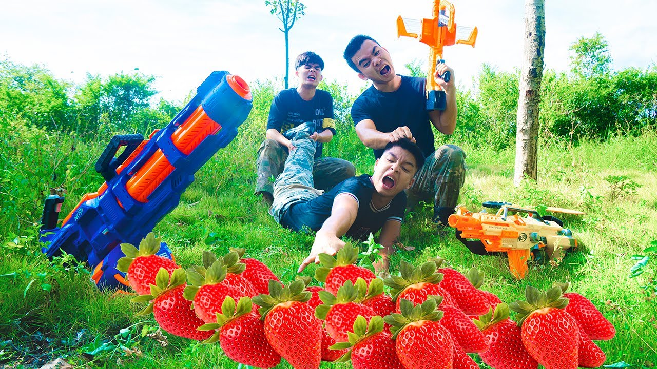 Battle Nerf War: Battle Nerf Guns STRAWBERRY COMPETITION