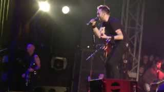 Rise Against - Heaven Knows (live at Groezrock 2013)