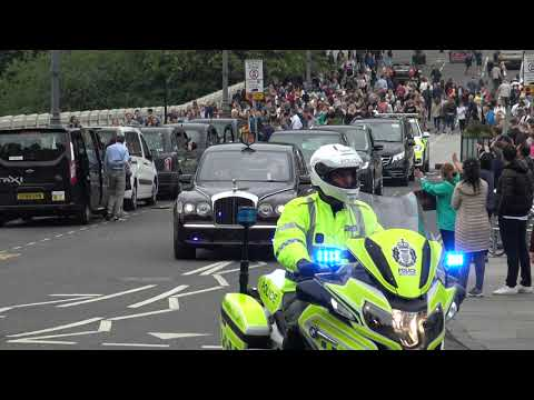 *ROYAL ESCORT* Her Majesty The Queen arrives in Edinburgh.