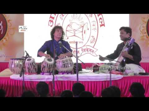 Check Out: Ustad Zakir Hussain - Live NON STOP - Tabla Nice Performance - Music Adda