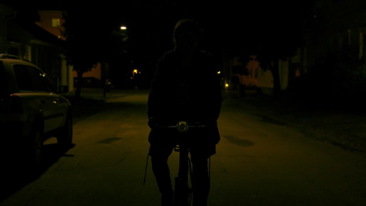 Download Natta pappa henta oss - åpningsscene