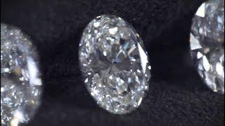 Diamonds 101: Oval Cut Diamonds