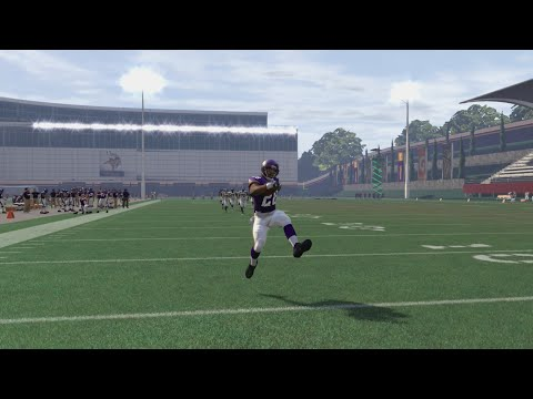 Who Can Complete a 99yd Touchdown First? Adrian Peterson or Marshawn Lynch? Funny Madden 16 Gameplay