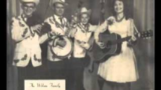 The Wilson Family Sings - Shake My Mothers Hand For Me.wmv