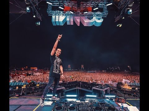 Ummet Ozcan - Raise Your Hands (LIVE Tomorrowland 2015)