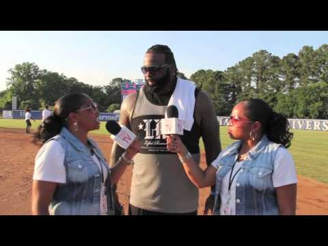 TwinSportsTV: Interview Jason Peters of the Philadelphia Eagles at Mick Vick Weekend