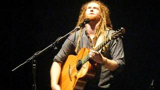 Newton Faulkner 9th October 2012 You Spin Me Round
