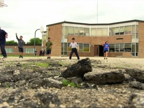 Poor School Districts Left Behind After Recovery