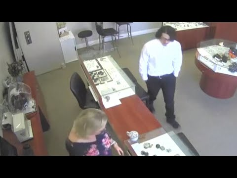 Brazen thief steals $27,000 jewel from Northern California jewelry store