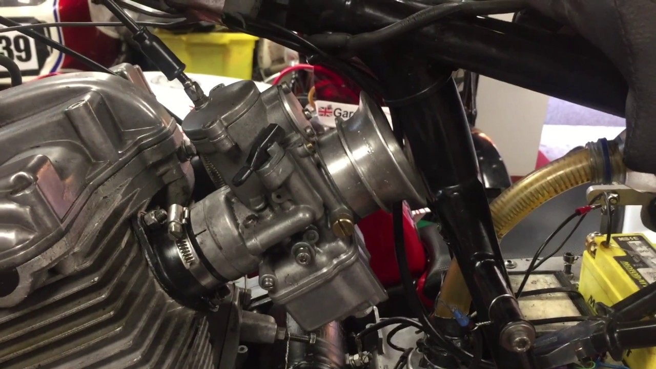 How to change the throttle needle - a Dellorto Carb still on the bike