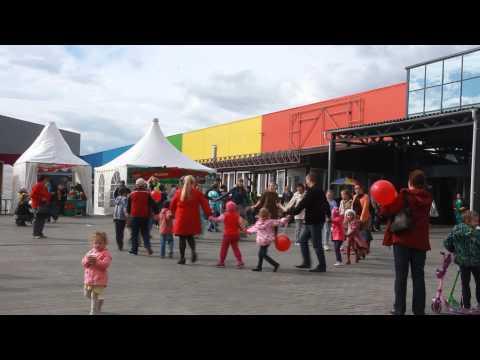 Гастрономический фестиваль в Радуге парке, Екатеринбург. Хоровод и русская зона