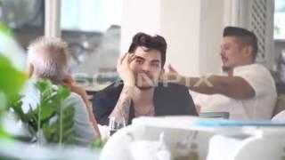 2015-09-10 Adam Lambert having dinner outside his hotel w/ Brian May in Rio de Janeiro, Brazil