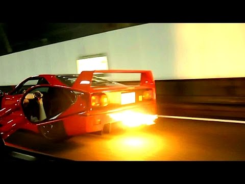 ferrari-f40:-burnout-and-loud-backfire-sound!