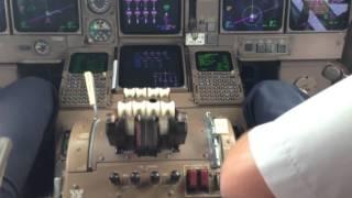 Взлет Пхукет Трансаэро Боинг 747-400(Взлет в а/п Пхукет. Показана работа экипажа на этапах запуска, руления и взлета. Данное видео опубликовано..., 2013-09-10T08:20:00.000Z)
