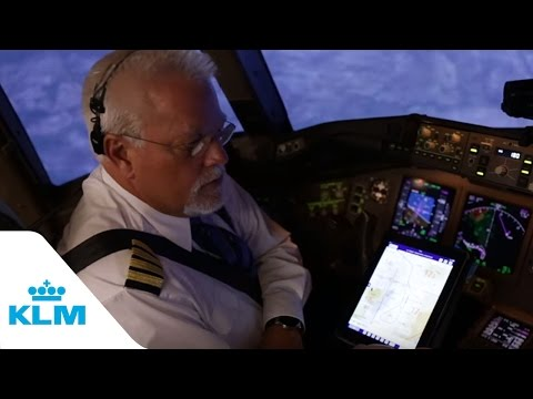 KLM Cockpit Tales: Part 8 - Fly Through The Mountains