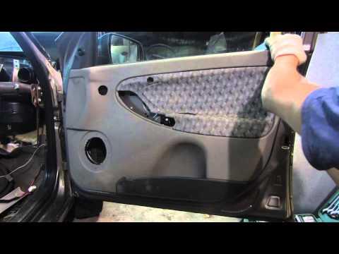 Как снять обшивку двери на Калине 1-го  поколения