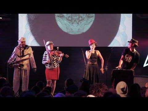 Ungus Ungus Ungus - Bumble Bot (Live @ Luminate Festival 2017)