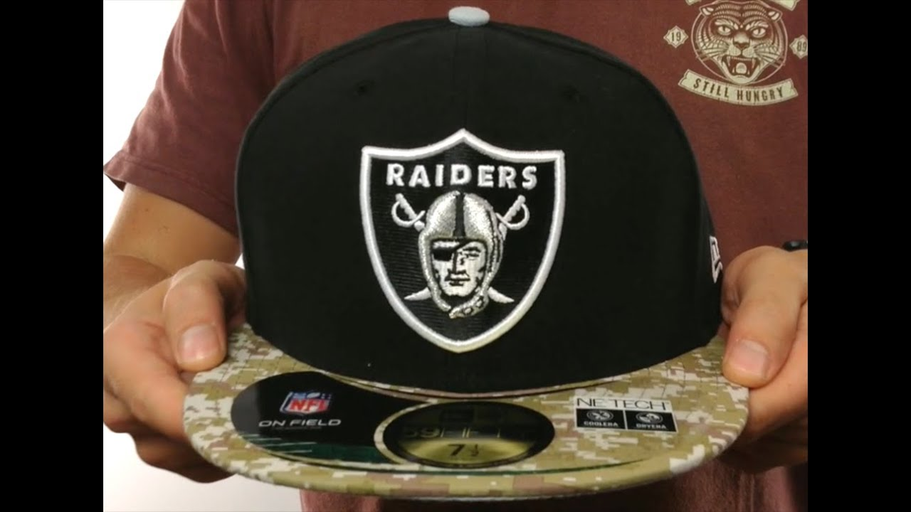 1ead678f9d9 Raiders  2014 SALUTE-TO-SERVICE  Black-Desert Fitted Hat by New Era ...