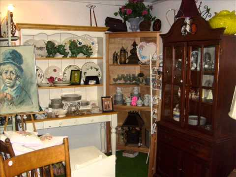 Laura's Emporium Antique Mall