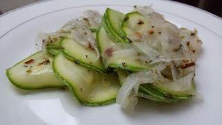 Salada de abobrinha| Por: Sussa Rodrigues