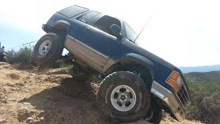 4 Wheeler Nearly Rolls Off Cliff