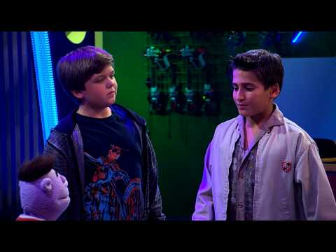 "Disney XD España | Crash y Bernstein - Ep. 107: ""Motocicleta Crash"""