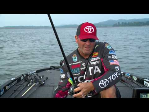 Gerald Swindle Deep Cranking Offshore Structure Bass On Guntersville