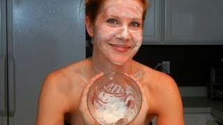 DIY Treatment: Yogurt Honey Mask Thumbnail