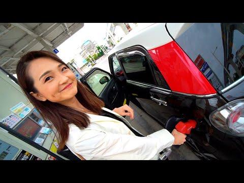 Японка свободно говорит на русском. 12 лет жила в Казахстане. Балет и японская скромность