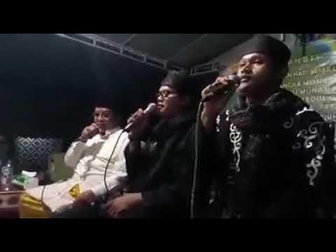 Trio SHOLAWAT AL KIROM - KH Muammar ZA Kh Mu'min & Ust Bongsang