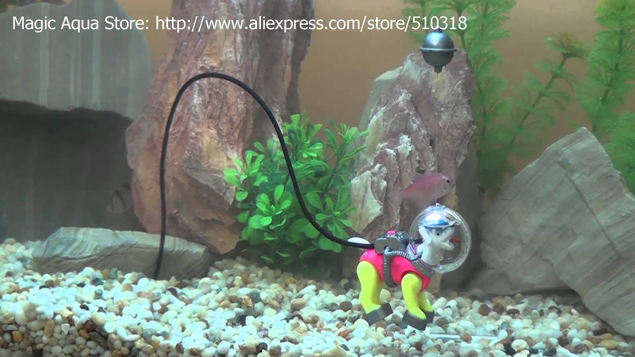 Diving dog youtube for Aquarium scuba diver decoration
