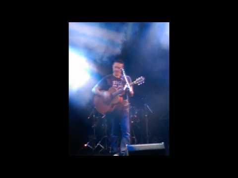Bellow Bar Gig - Wish You Were Here - Acousitc - Donncha Ryan