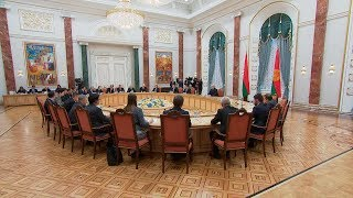 Лукашенко призывает страны ЦЕИ вместе наводить мосты между интеграционными структурами на континенте
