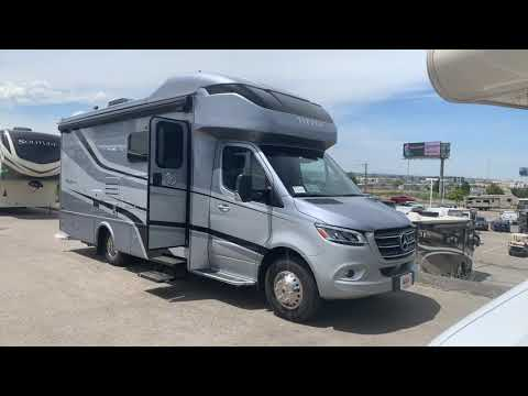 Repeat 2020 Tiffin Motorhomes Wayfarer 25RW Mercedes-Benz Sprinter