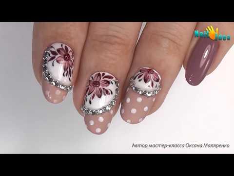 Нежный дизайн ГЕЛЬ ЛАКАМИ - цветы на ногтях. Рисунки гель лаками пошагово. Инкрустация стразами