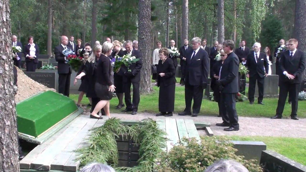 Hautajaiset Vaatetus