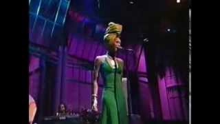 Erykah Badu - On and On [4-7-97]