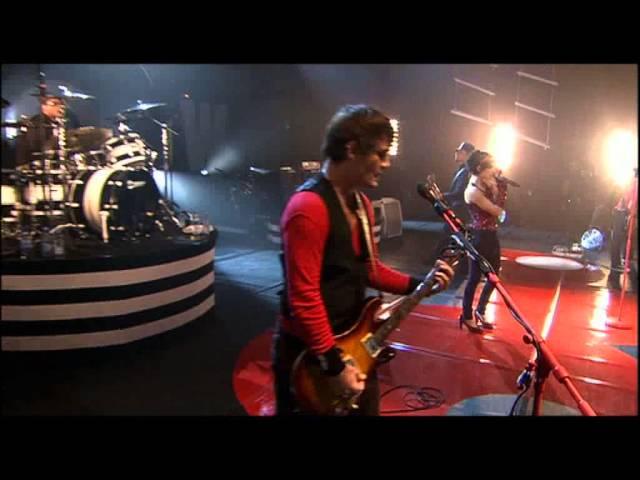 superbus-un-peu-de-douleur-le-rock-a-billy-live-a-paris-2008-andrey-sf