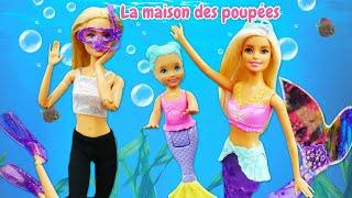 Barbie dans la mer. La rencontre avec les sirènes.