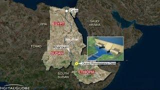 Строительство дамбы на Ниле беспокоит египтян(http://ru.euronews.com/ Египет и Судан готовят совместные меры в ответ на строительство дамбы для новой гидроэлекстр..., 2013-05-31T19:21:16.000Z)