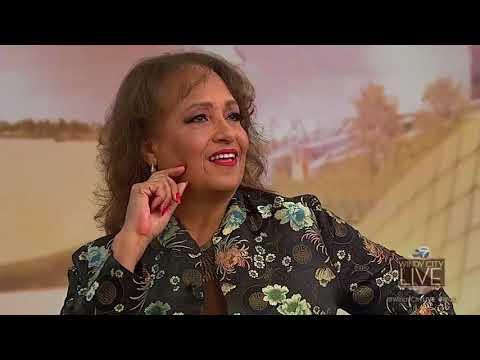 Daphne Maxwell Reid aka 'Aunt Viv' stops by
