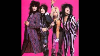 MOTLEY CRUE-WHITE PUNKS ON DOPE.wmv