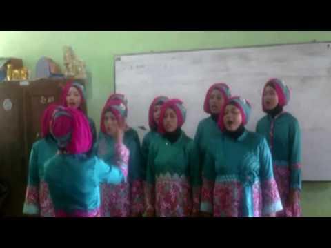 paduan-suara-ibu-pkk-purwogondo-jepara-indonesia-raya-2016
