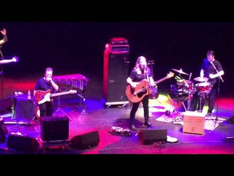 Violent Femmes - American Music - Capitol Theater 10/04/16