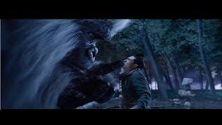 Giant monster ahead - Horror movie hollywood scene