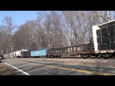 CP 553 , with D&H 7312 in lead!