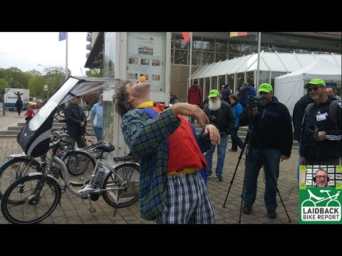 """""""What We Saw at the World's Largest Bent Event"""" Spezi 2016 Review-Laidback Bike Report"""